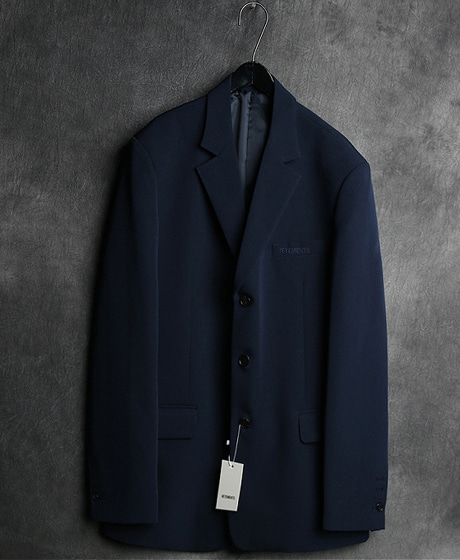 JK-7323VTM POKET LOGO EMBROIDERY SINGLE BUTTON BLAZER JKVTM 포켓 로고 자수 싱글 버튼 블레이져 자켓Color : 1 colorMaterial : cotton