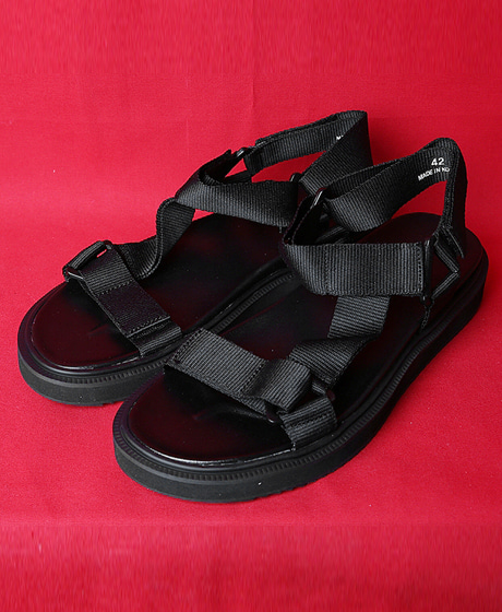 A-8351Y-3 STRAP SANDALSY-3 스트랩 샌들Color : 1 colorHeel height : 3cm